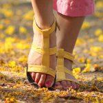 Чем полезны пешие прогулки для мамочки в декрете?