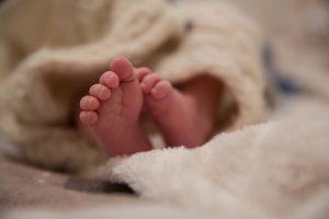 уход за недоношенным новорожденным