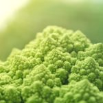 Как приучить ребенка к овощам и фруктам, овощному пюре, салатам и зелени?