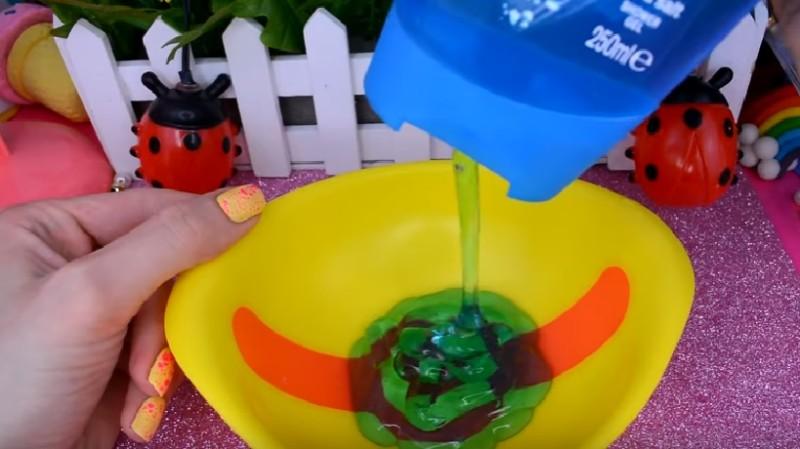 Как сделать лизуна с канцелярским силикатным клеем
