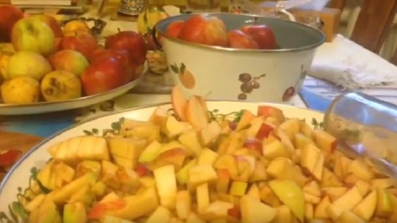 Как правильно сделать яблочное вино