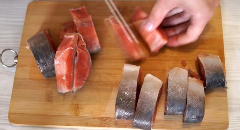 Как засолить горбушу в домашних условиях вкусно и быстро под семгу?