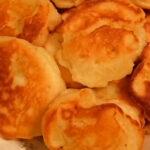Пышные оладьи на кефире – 6 лучших рецептов. Как приготовить пышные оладьи на кефире?