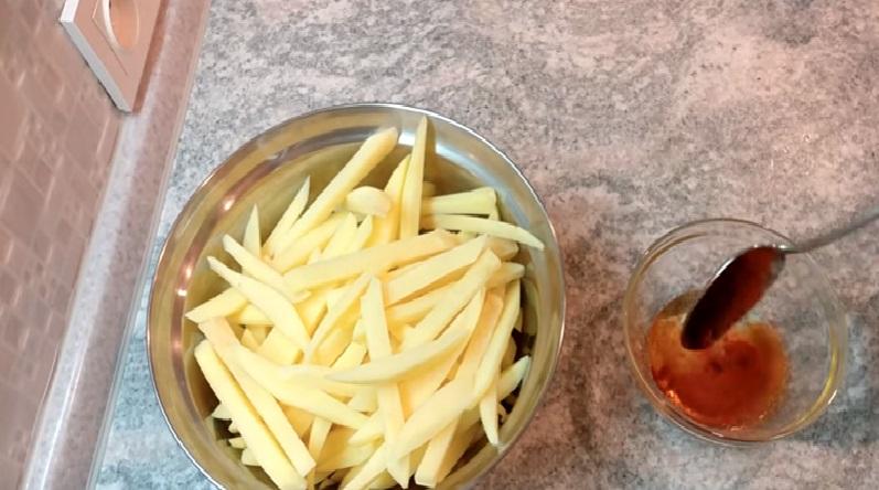 Картофель фри в духовке — пошаговый рецепт с фото