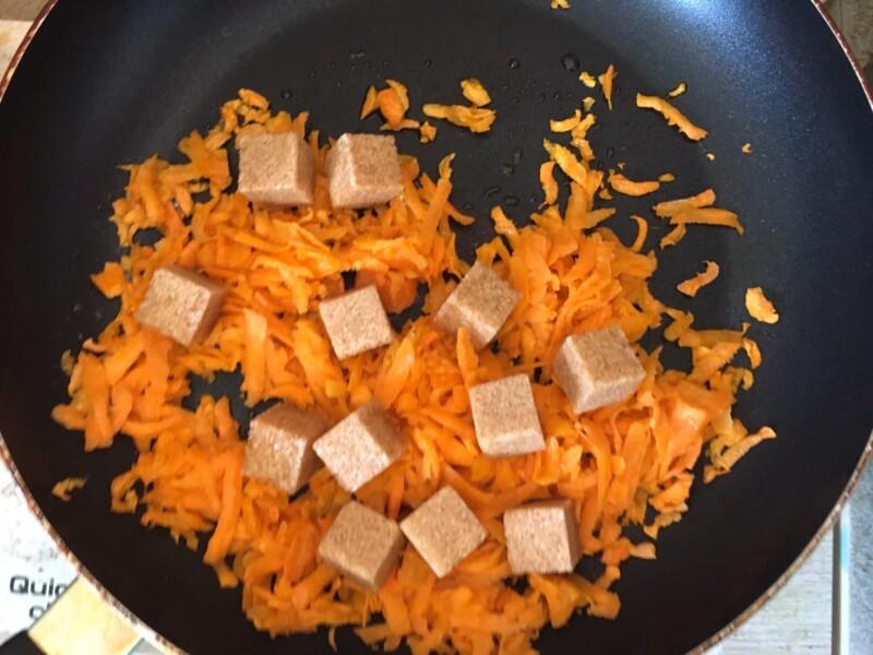 Морковные конфеты - фото шаг 2